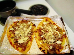 Cook: Caramelized Onion and Goat CheeseFlatbread