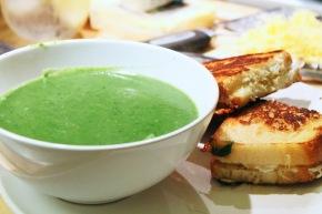 Cook: Creamy Spinach Soup with 3-Cheese Grilled Cheese