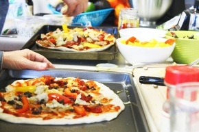 Party: How To Host a Homemade Pizza Party