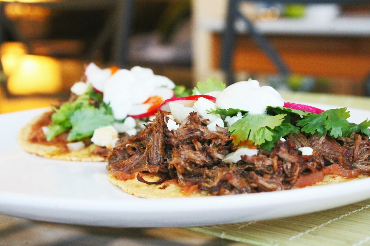 Cook: Slow Cooker Braised Barbacoa Beef Tostadas