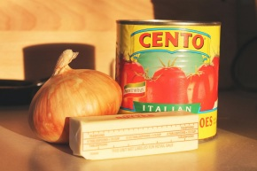 Cook: The Easiest Tomato Sauce…Ever