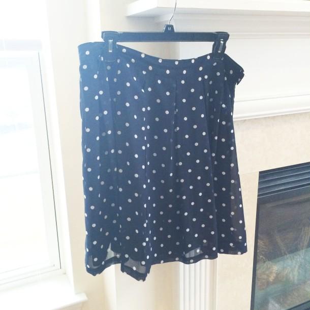 capsule-wardrobe-polka-dots