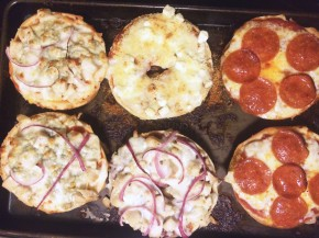 Cook: Pizza Bagels, 4 Ways